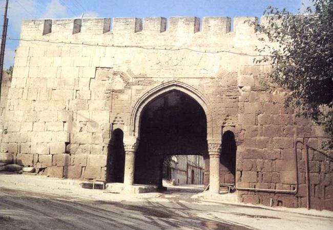 Орта-капы – это третьи врота от цитадели Нарын-Кала