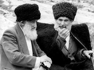fenomen-kavkazskogo-dolgoletiya