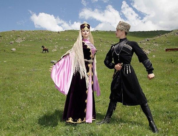 Вот за что и можно посещать Кавказ, так это за его богатую культуру