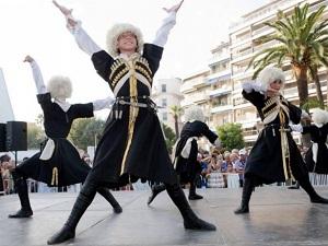 azerbajdzhanskie-tancy-v-moskve