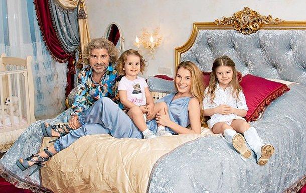 Сосо Павлиашвили с детьми