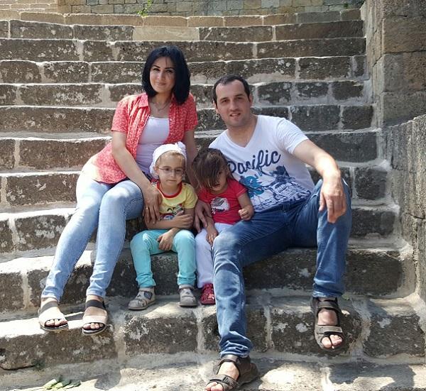 Семейное фото с последнего отпуска в Дербенте