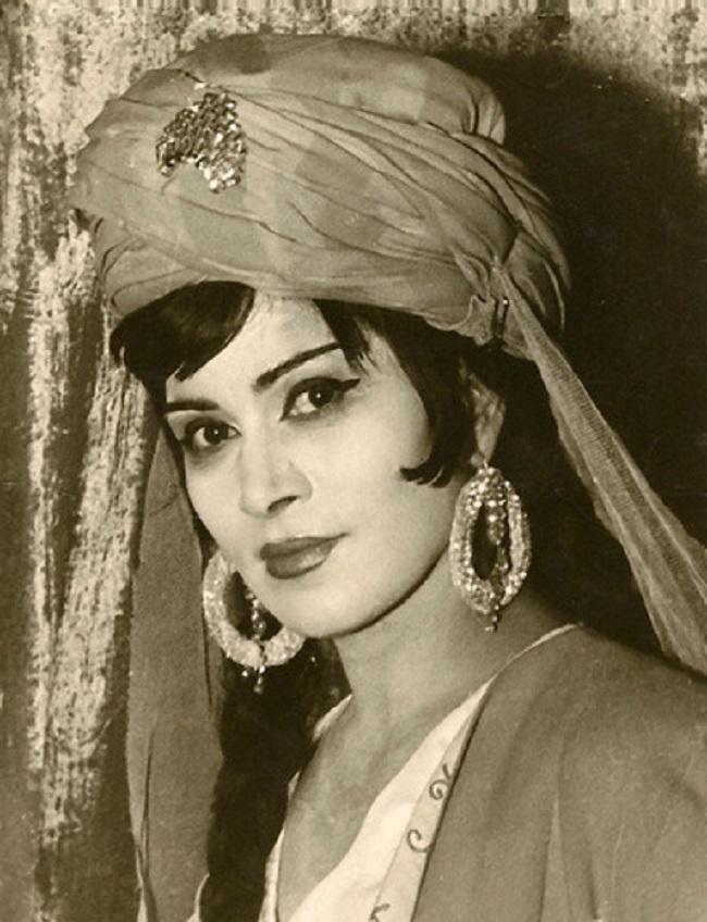 Молодая красавица Зейнаб Ханларова