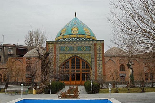 Голубая мечеть – соборная мечеть, которая является одним из центров иранской общины Армении