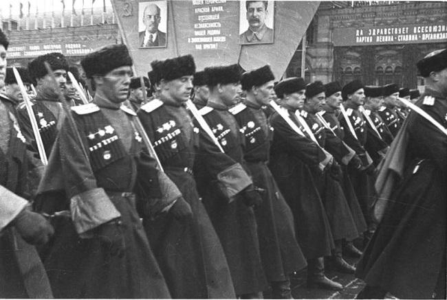 Казаки в годы ВОВ проявили отвагу встав на защиту Советсткого Союза