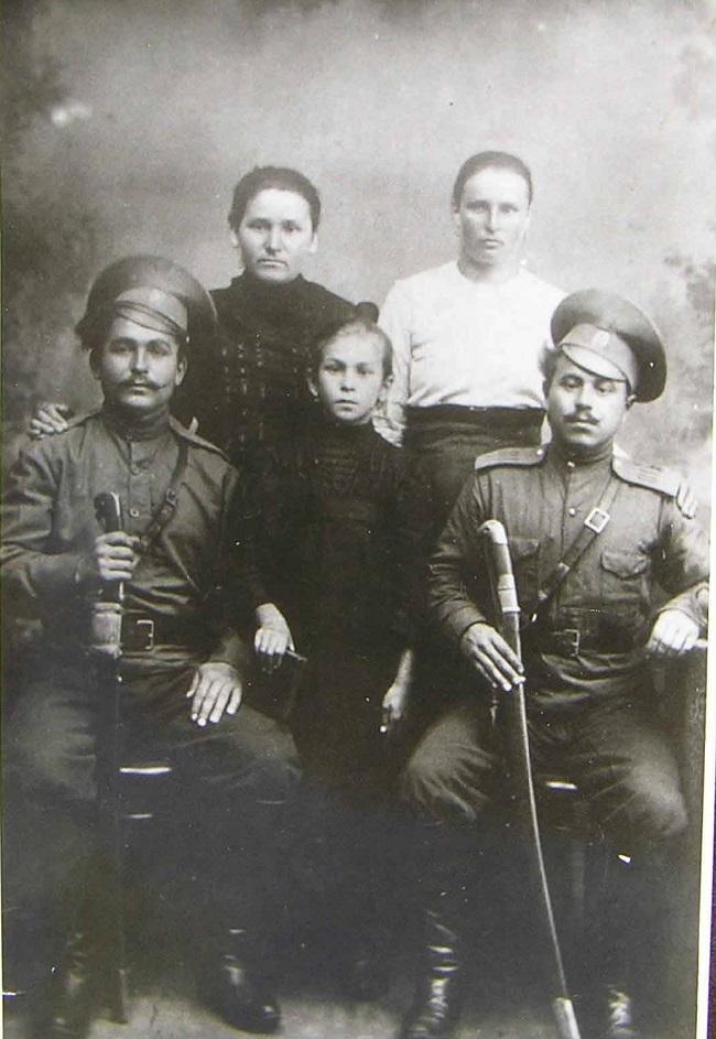 Хоперские казаки – это жители, населявшие территории вдоль реки Хопер