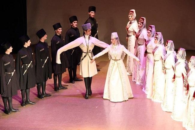 Осетинский танец Симд – шедевр танцевального искусства