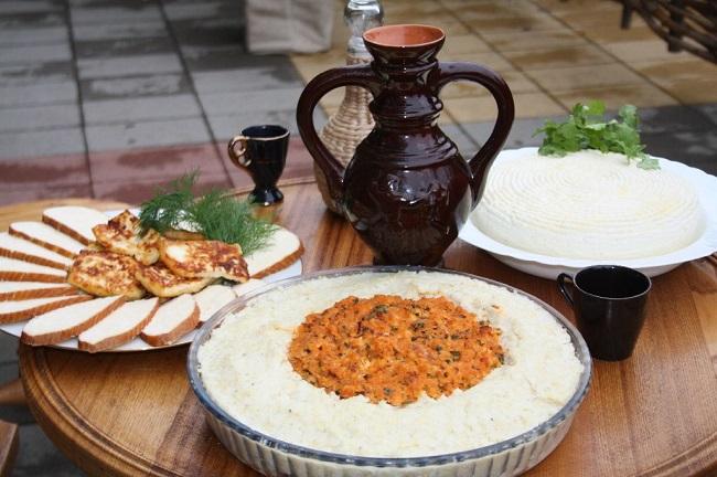 Несмотря на переселение народа они сохранили рецепты национальных блюд