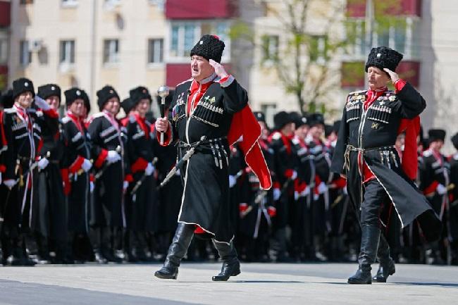 Головы казачьих войск украшает каракулевая папаха