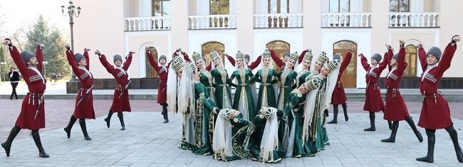 Черкесские танцы уходят глубоко корнями в древние обряды народа