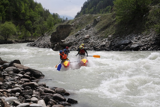 Очень популярен на реке Кубань и водный туризм