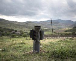 В Ереване рассказали о сложности обмена пленными в Арцахе