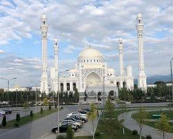 Молодежный туризм: в Чечне запустили студенческий тур