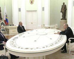 Глава РФ принял в Кремле лидеров Армении и Азербайджана