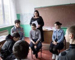 Психолог организовала тренинг для детей из Знаурского района РЮО