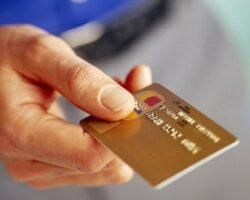 На Ставрополье зафиксировано снижение выдачи банковских карт