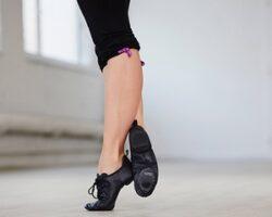 Как выбрать обувь для танцев и гимнастики?