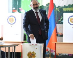 Партии Пашиняна не хватило минимума голосов для единоличного формирования правительства
