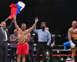 Мурат Гассиев выиграл титульный бой